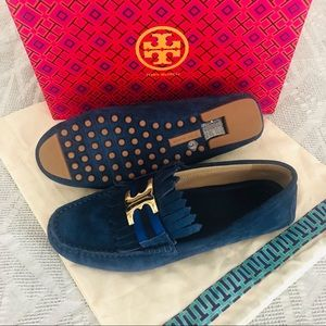Tory Burch Shoes - NWOT Tory Burch Gemini link loafers